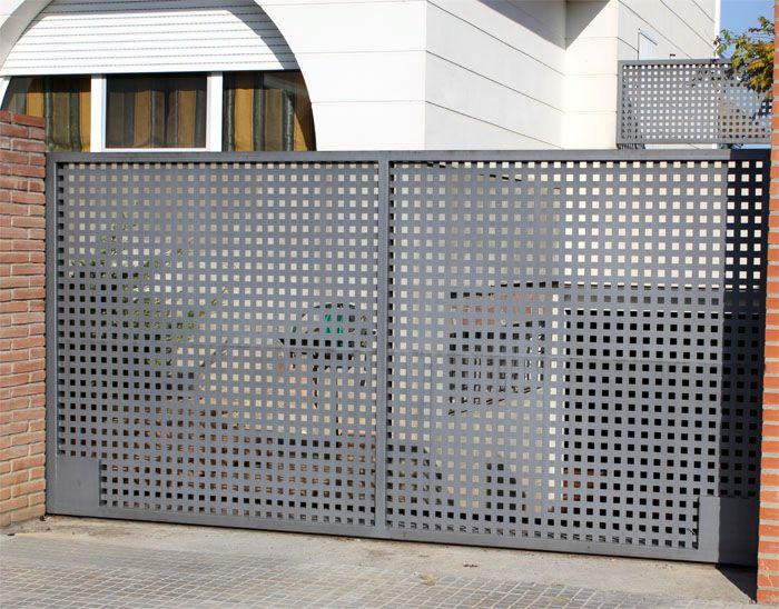 Batientes construcciones met licas cerrisan - Puertas metalicas jardin ...